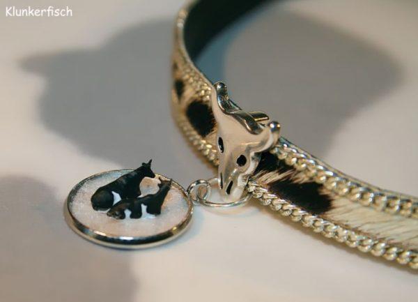 Halsband aus Leder mit Kuhfell *Kühe im Winter*