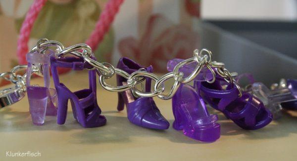 Bettelarmband mit Schuhen *Lila Laune*