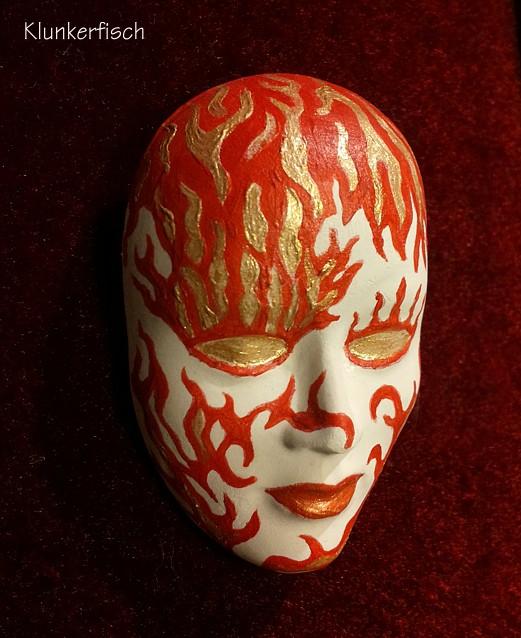 Masken-Brosche *Feuergott*