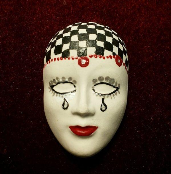 Masken-Brosche *Pepita*