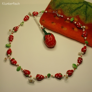 Leckeres Erdbeer-Collier