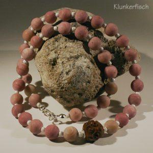 Collier aus Rhodochrosit und Silber mit einer antiken Mittel-Perle