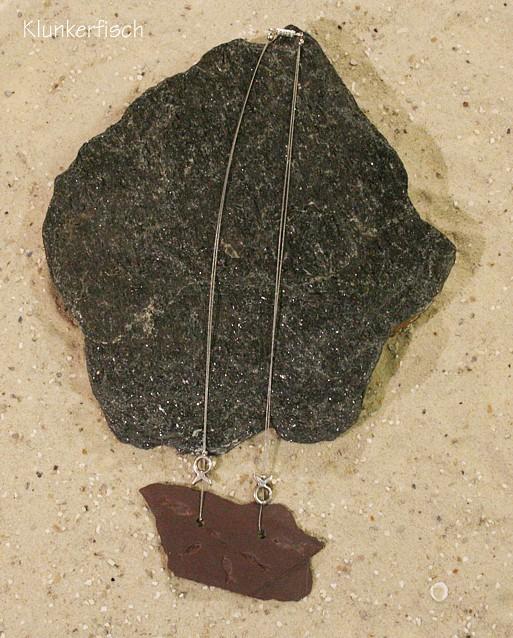 Halskette mit Anhänger aus Schiefer *Fische*
