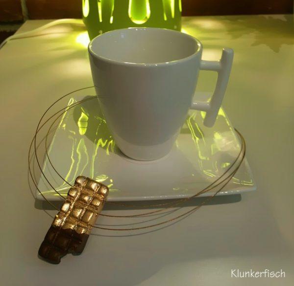 Halskette *Schokolade in Goldpapier*