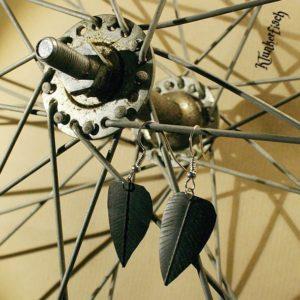 Ohrringe aus Fahrradschlauch *Federn*
