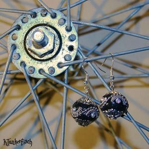 Ohrringe mit indonesischen Perlen