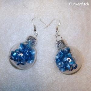 Ohrringe *Weihnachtsbaum-Kugeln mit blauen Locken*