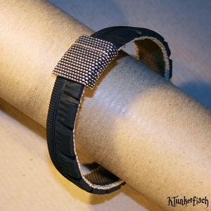 Armreif aus Fahrradreifen mit Magnetverschluss