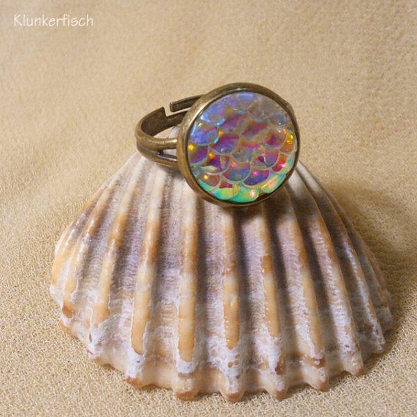 Ring *Fisch-Schuppen* in Creme-Violett