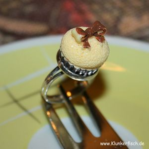 Cupcake-Ring in Gelb