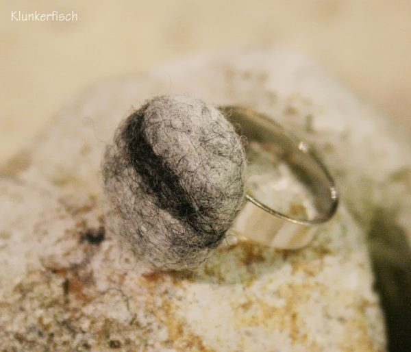 Filz-Kiesel-Ring *Steingrau*