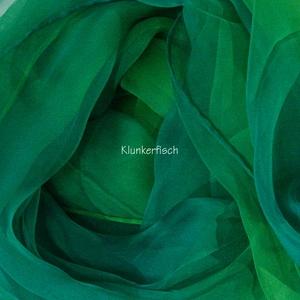 Tuch in Schalform aus Seiden-Chiffon in Grün