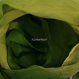 Tuch in Schalform aus Seiden-Chiffon in Olivgrün