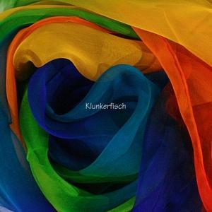 Tuch in Schalform aus Seiden-Chiffon in Regenbogen-Farben