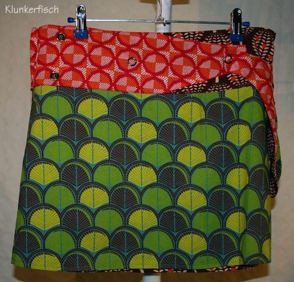 Wende-Wickelrock in Grün-Orange-Braun mit abknöpfbarer Tasche