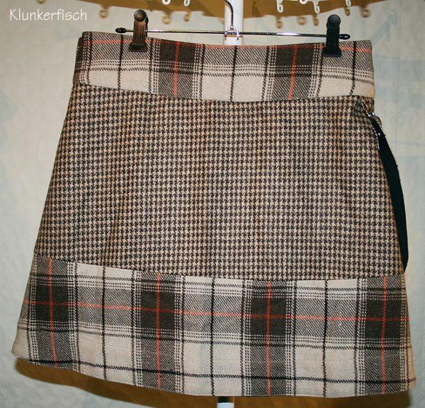 Tweed-Wickelrock in Beige, Braun und Orange mit abnehmbarer Tasche