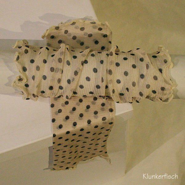 Handstulpen aus Seide in Creme mit grauen Punkten