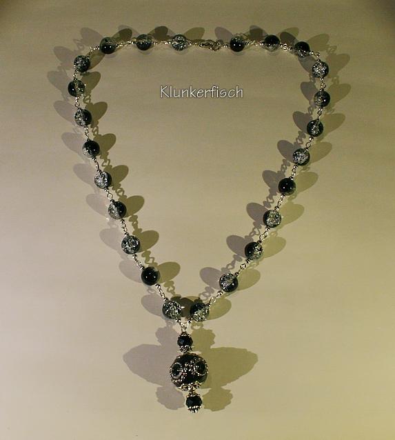 Glitzernde Modul-Kette aus Glasperlen mit einem Kashmiri-Perlen-Anhänger