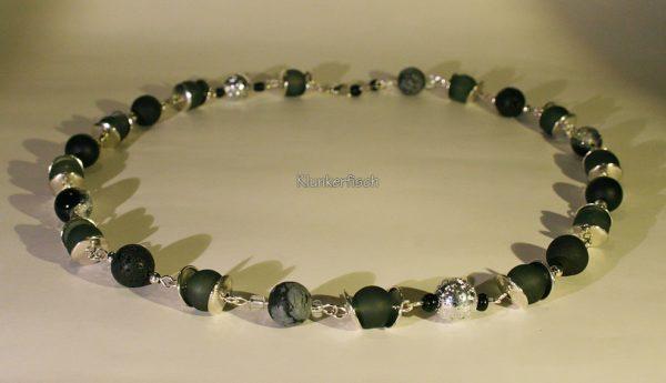 Glanzvolle Modul-Kette aus Glas- und Schmuckstein-Perlen