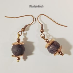 Perlen-Ohrringe aus braunem Jaspis mit Roségold-Akzenten
