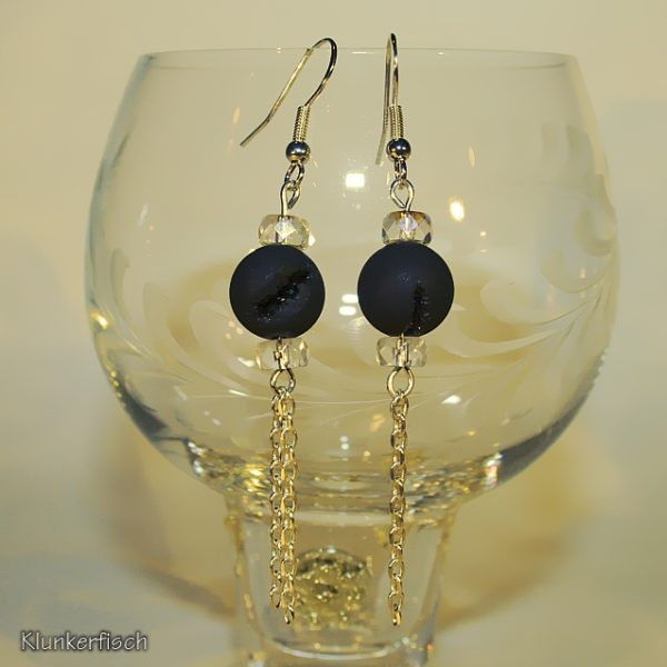 Ohrringe aus Drusenachat-Perlen zwischen Strass-Rondellen mit Kettchen