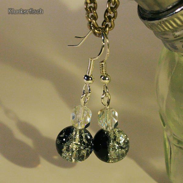 Ohrringe aus schwarz-glitzernden Glasperlen und Regenbogen-Kristallen