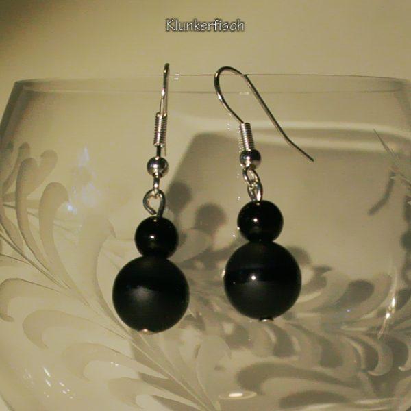 Ohrringe aus Obsidian und Glasperlen