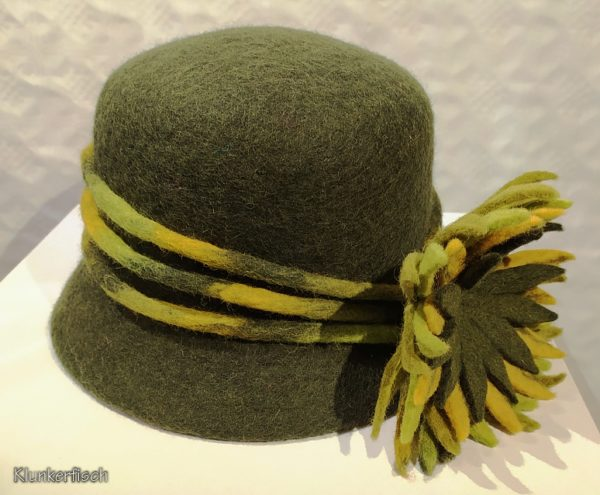 20er-Jahre-Topf-Hut in Grün