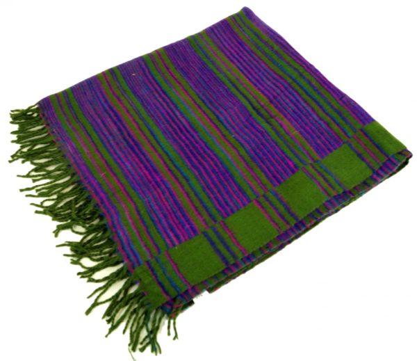 Kuschelweicher großer Schal / Plaid in Lila und Grün