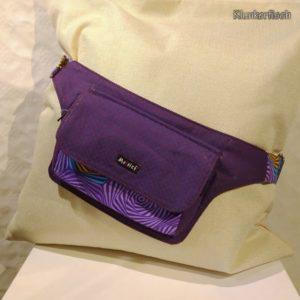 Kleine Gürteltasche in Violett