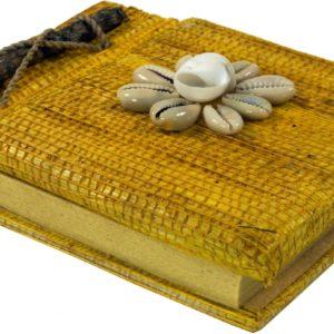 Notizbuch in Gelb mit Muschel-Dekoration