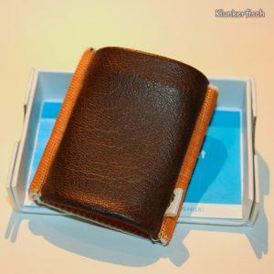 Space Wallet: Mini-Portemonnaie in Braun und Orange