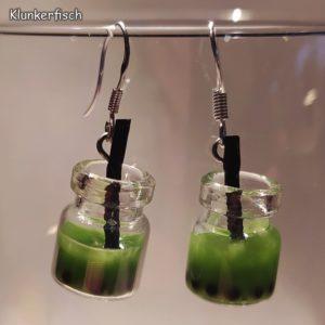 Witzige Ohrringe mit Frucht-Cocktails