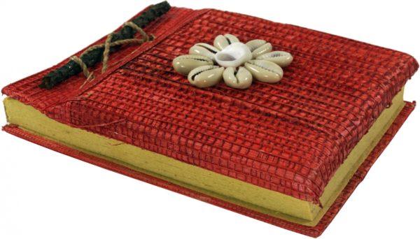 Notizbuch in Rot mit Muschel-Dekoration