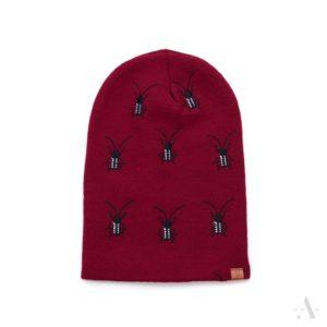 Lustige Mütze mit aufgestickten Käfern in Rot