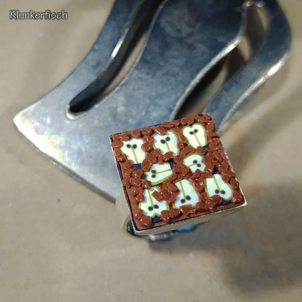 Köstlicher Ring *Birnenkuchen mit Streuseln*