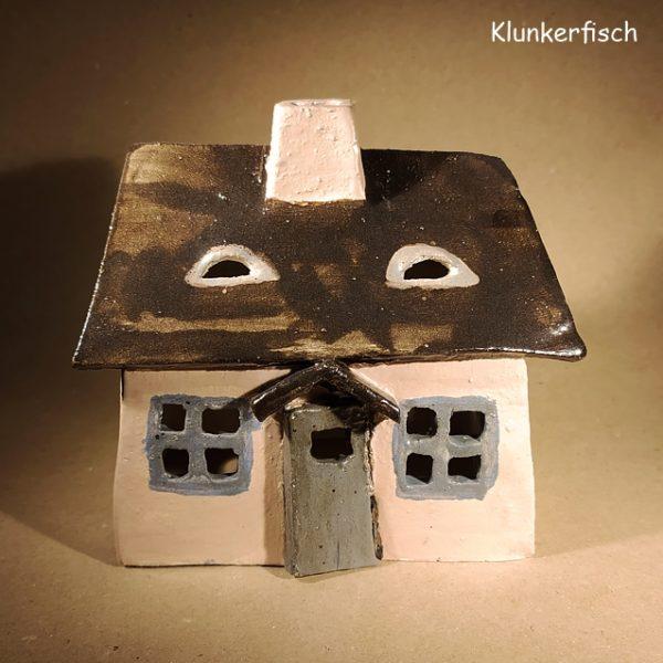 Keramik-Haus / Windlicht *Kate mit Giebeltür*