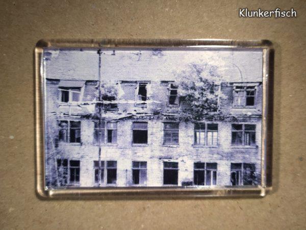 Rechteckiger Kühlschrank-Magnet mit Halle-Foto: Abrisshaus